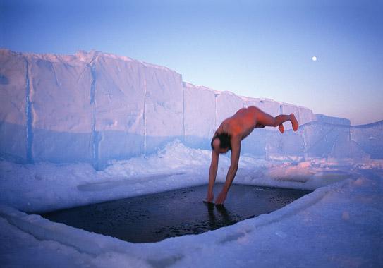 Winterdiver Hans-Peter Strand, near Icehotel, 2000